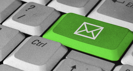 E-mail marketing er en effektiv markedsføringsplatform. Vi hjælper dig til den rigtige løsning.